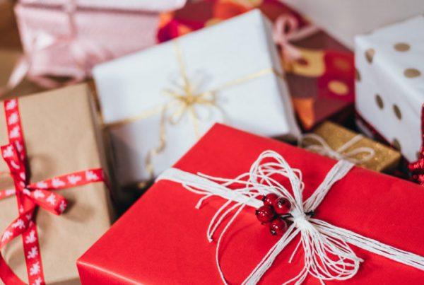 Ideen für Weihnachts-Mails, die du deinen Mitarbeitern schicken könntest