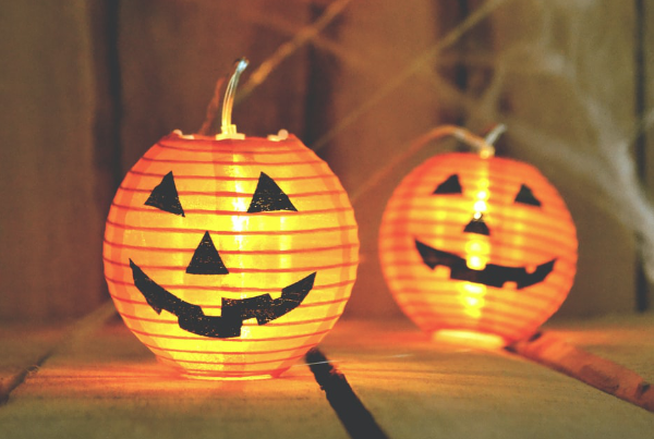 Best Halloween emails of 2019 - two grinning pumpkins